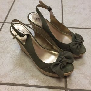 Women's Olive Green A.n.a Wedges